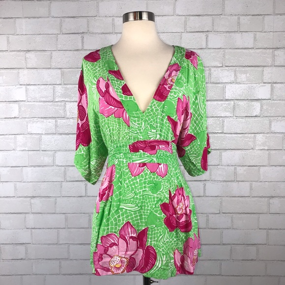 947e59ea048 Lilly Pulitzer Tops - Lilly Pulitzer Callie Kimono Tie Back Top J1737